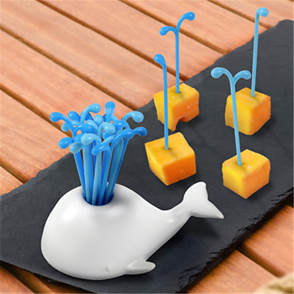 Novelty Whale Blowing Fruit Forks, 1 Set